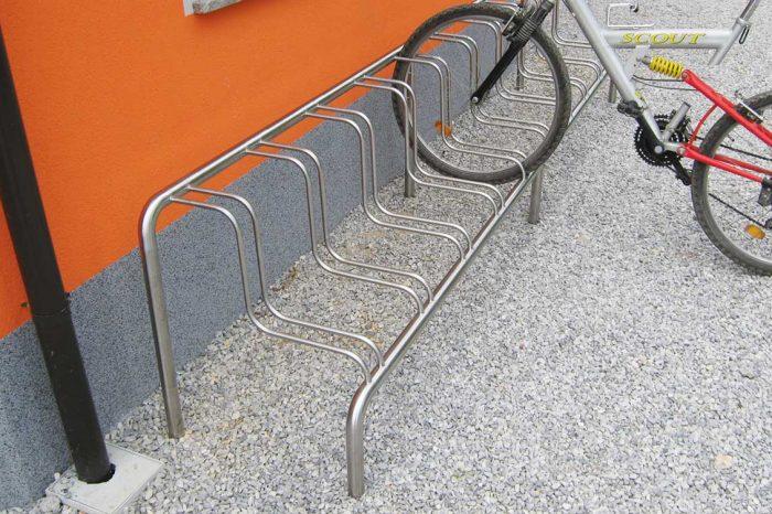 Inox stojalo za kolesa