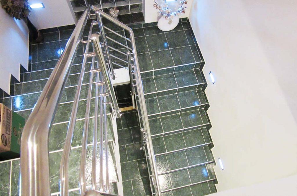 Ograja za stopnišče inox